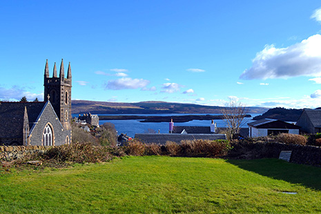 Garden - The Rowans Self Catering Tobermory